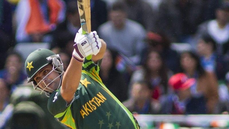 Lahore Qalandars chase 107-run target against Quetta Gladiators in Dubai