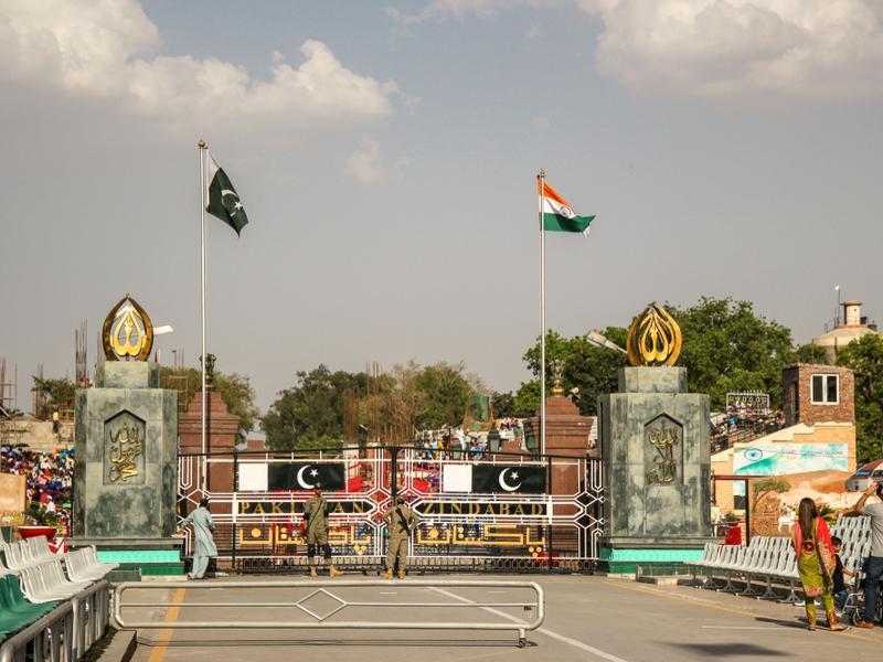 Pakistan to release captured Indian pilot at Wagah border