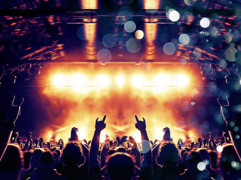 Shaan-e-Pakistan host music festival