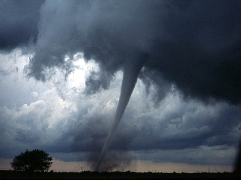 Huge Cyclone Fani batters eastern India