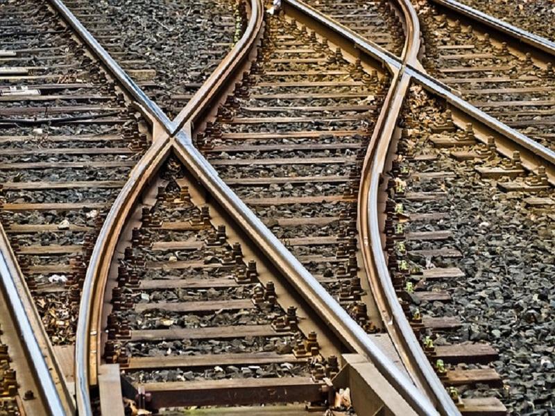 SC directs Sindh government to revive Karachi Circular Railway within a month