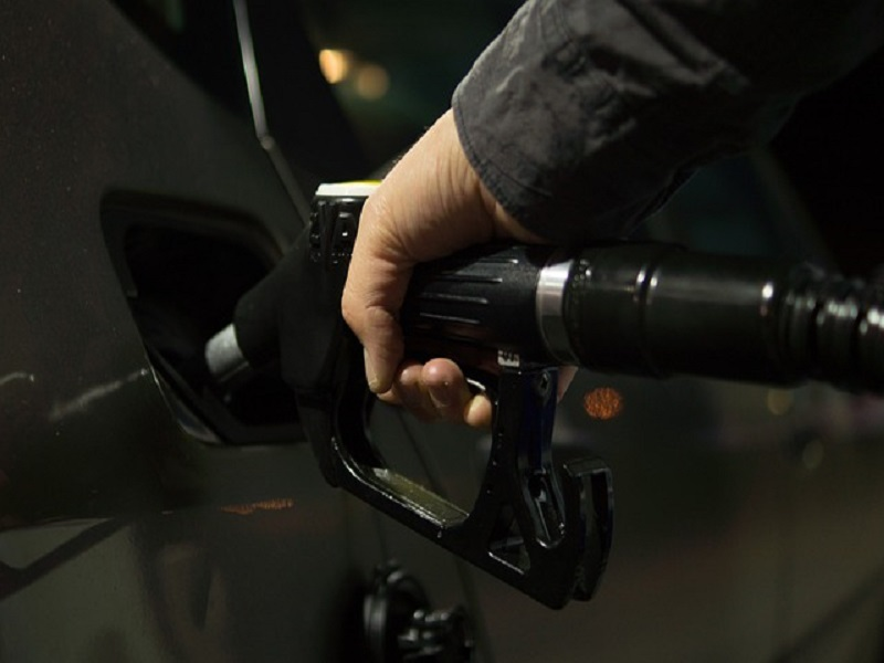 Petroleum cost reaches history Rs112.68 in Pakistan