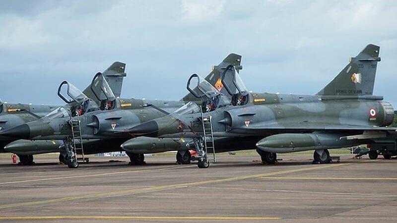 F-16 warplanes