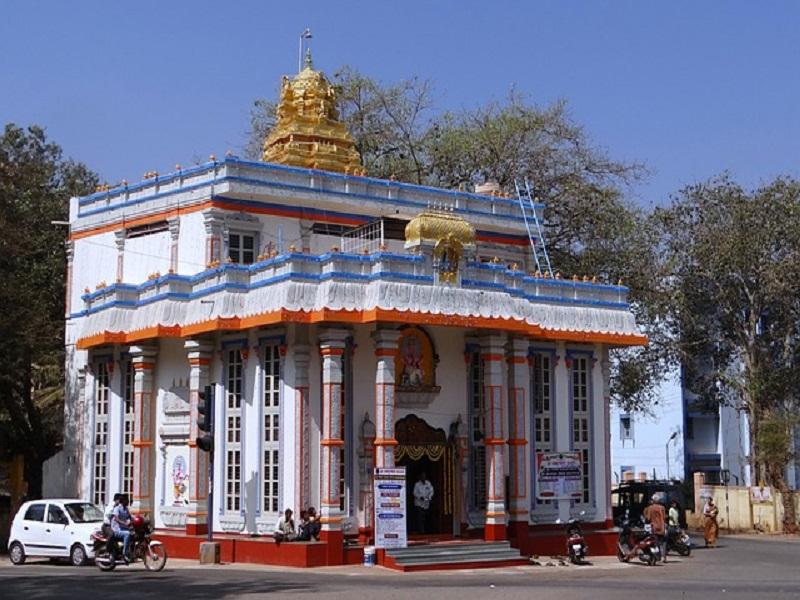سال کے بعد عبادت گاہوں کے لئے سائلکوٹ میں ہندو مندر دوبارہ کھول دیا 72