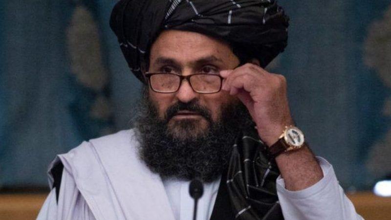 طالبان کے وفد کے ممبران ، جن کی سربراہی چیف مذاکرات کار ملا عبدالغنی برادر نے کی۔