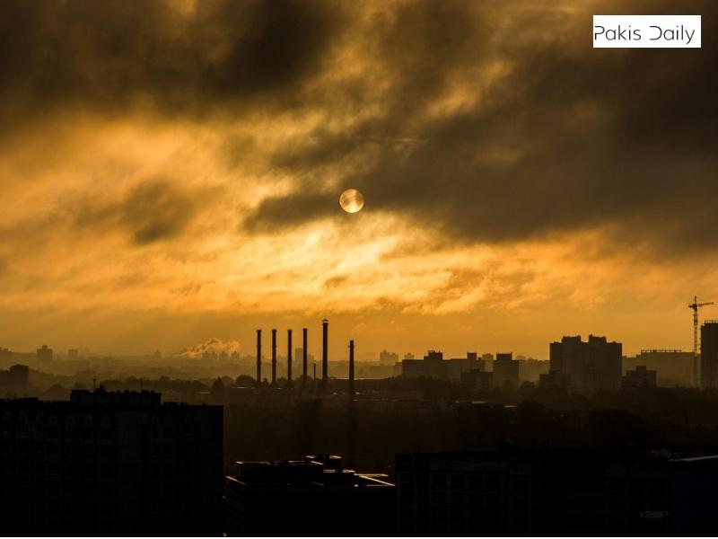 لاہور اسموگ: فضائی معیار کے انڈیکس میں بدترین مقامات پر مشتمل شہر