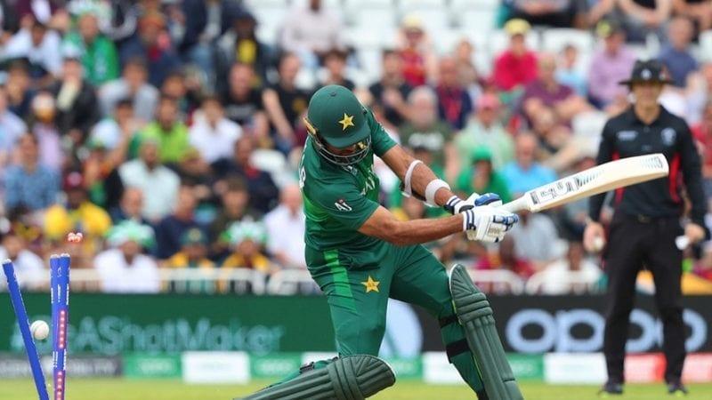 آئی سی سی کرکٹ ورلڈ کپ میچ کے دوران پاکستان کے وہاب ریاض آؤٹ ہوگئے