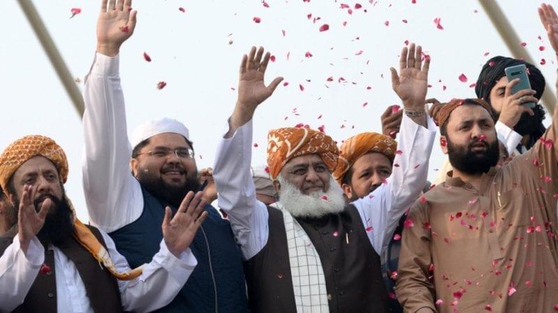 مولانا فضل الرحمن 11 نومبر کو آزادی مارچ کے دھرنے سے خطاب کر رہے ہیں