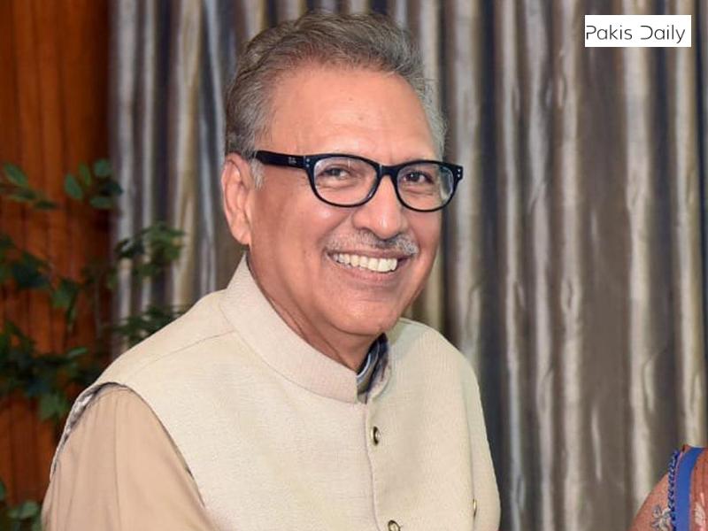 فروغ نسیم نے وفاقی وزیر کی حیثیت سے حلف لیا.