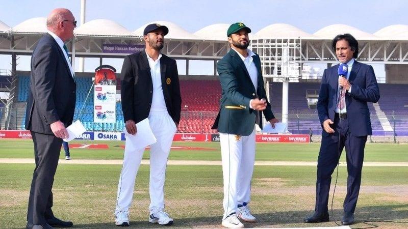 پاکستانی کپتان اظہر علی نے ٹاس جیت کر بیٹنگ کا انتخاب کیا