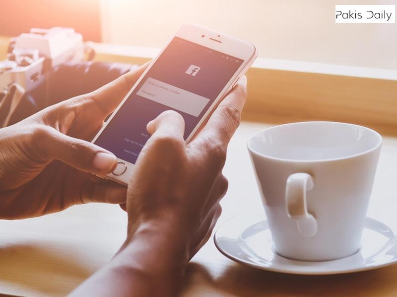 فیس بک نے ریڈیو پاکستان کی کشمیر کی کوریج کی براہ راست نشریات بند کردی ہیں.