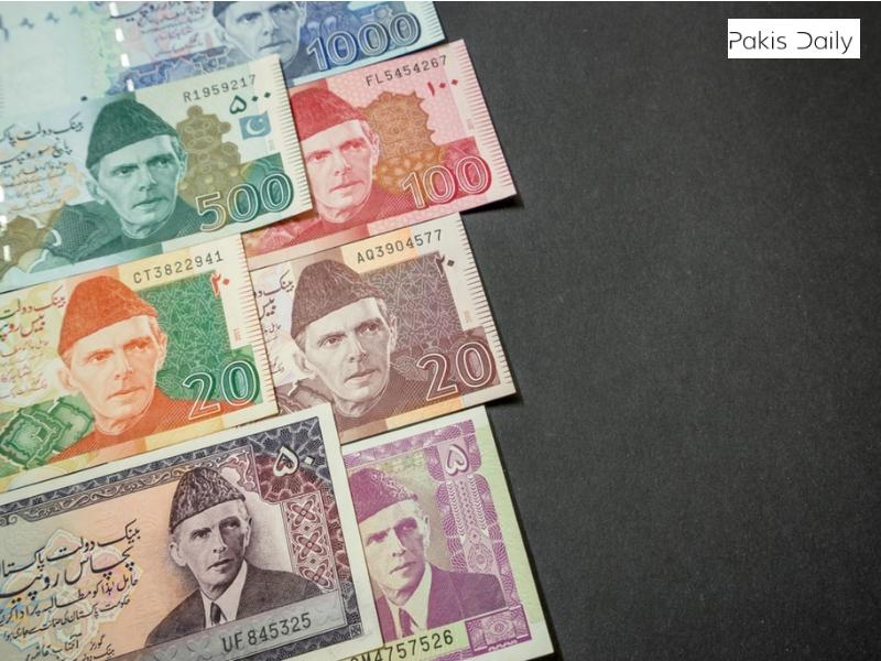 درمیانی کشیدگی کم ہونے کے ساتھ ہی پاکستانی روپے نے امریکی ڈالر کے مقابلے میں فائدہ اٹھایا.