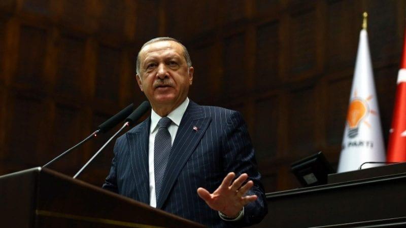 ترک صدر اردگان ترک پارلیمنٹ میں اک پارٹی گروپ کے اجلاس سے خطاب کر رہے ہیں