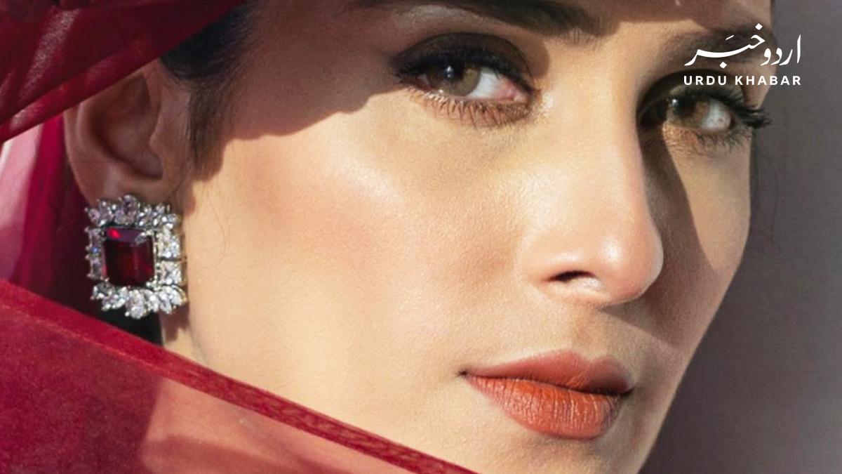 آخر کیا ہے عائزہ خان کی کامیابی کا راز؟
